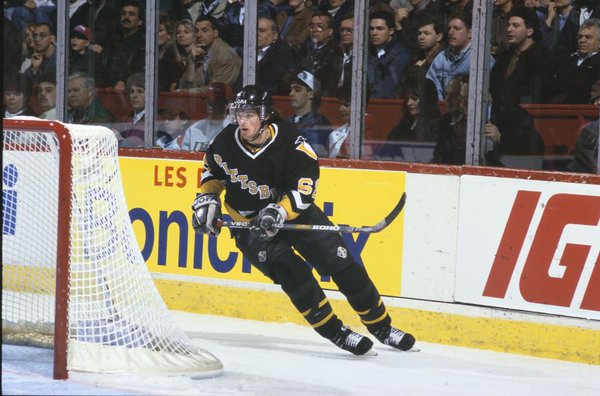 Photo of former Pittsburgh Penguin Mario Lemieux.