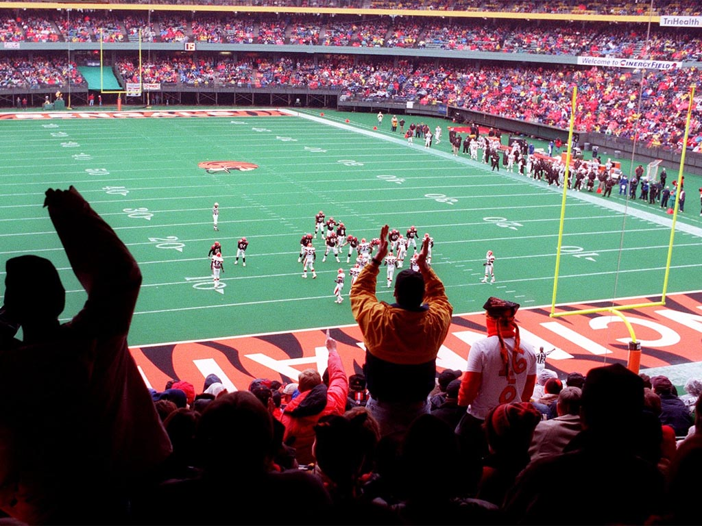 Photo from the last home game at Riverfront Stadium. vs. the Cleveland Browns. December 1999.