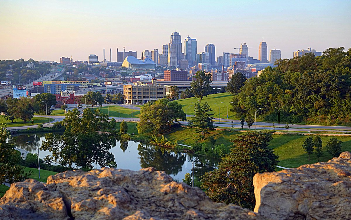 Photo of the Downtown Kansas City Skyline