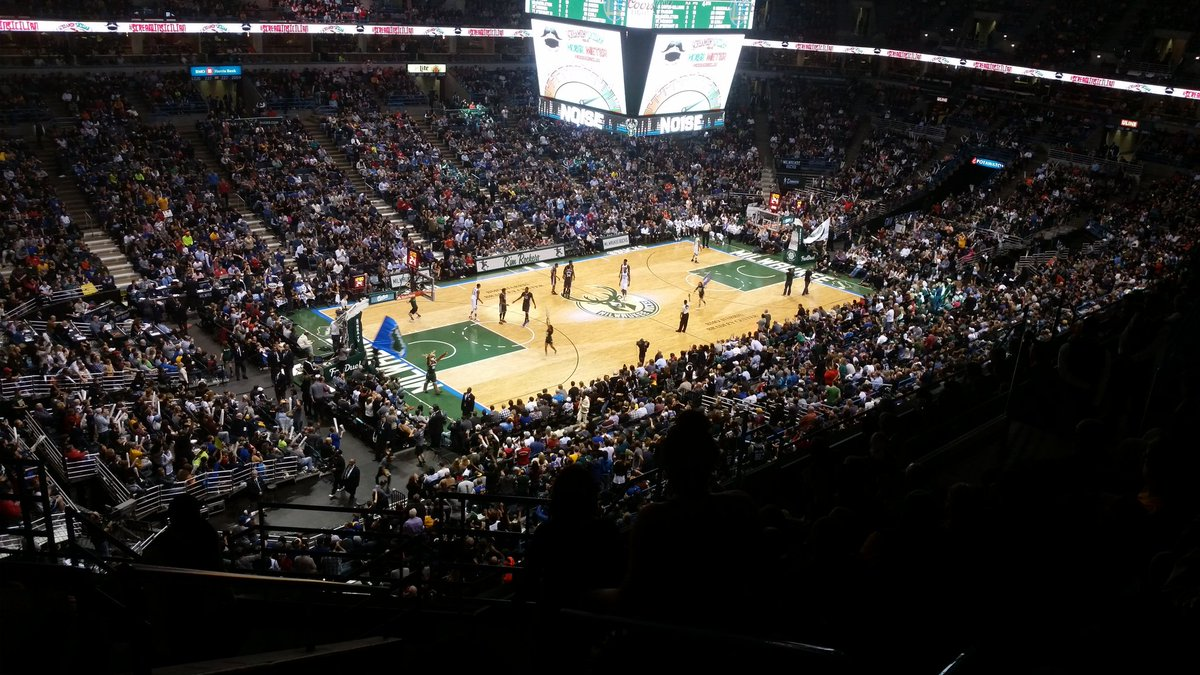 Upper Level View of a Milwaukee Bucks game at the Bradley Center
