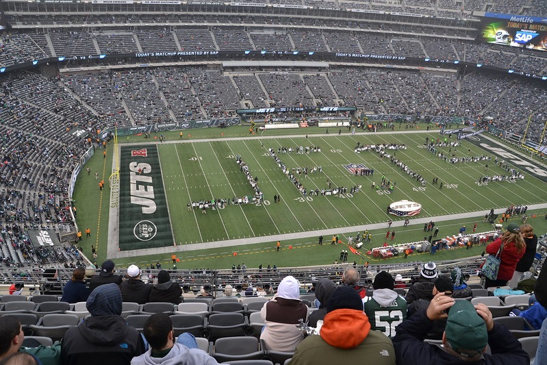 Photo of the playing field at Metlife Stadium, home of the New York Jets.