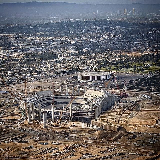 Aerial photo of the construction site of the new football stadium in Inglewood, California.