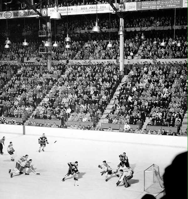 Photo of Montreal Forum taken during the 1940's.