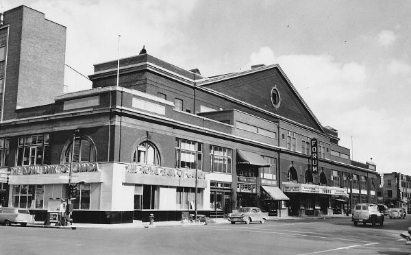 Black and white photo of Montreal Forum, former home of the Montreal Canadiens.
