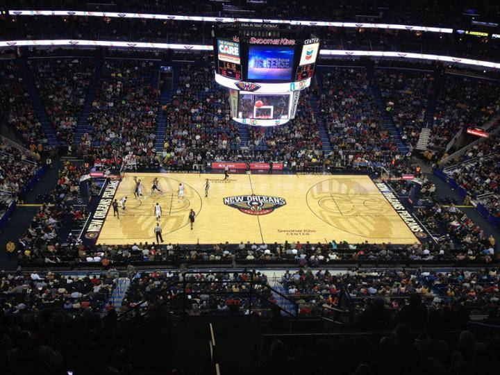 Photo of the court at the Smoothie King Center, home of the New Orleans Pelicans.