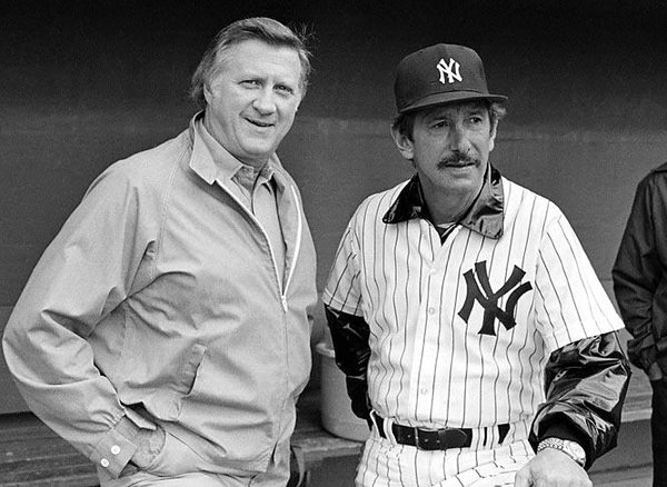 Photo of New York Yankees owner George Steinbrenner with Yankees manager Billy Martin.