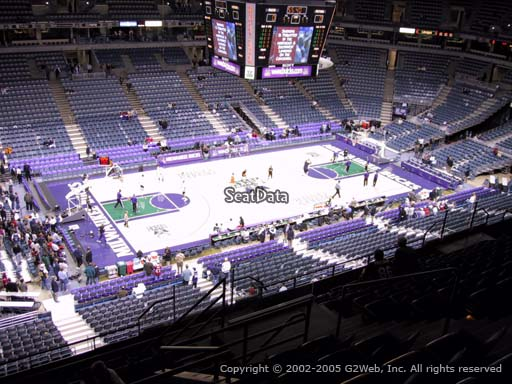 Seat view from section 425 at the Bradley Center, home of the Milwaukee Bucks
