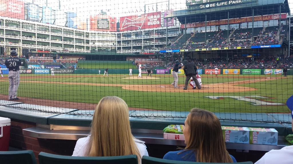 Photo of a Texas Rangers game at Globe Life Park in Arlington.