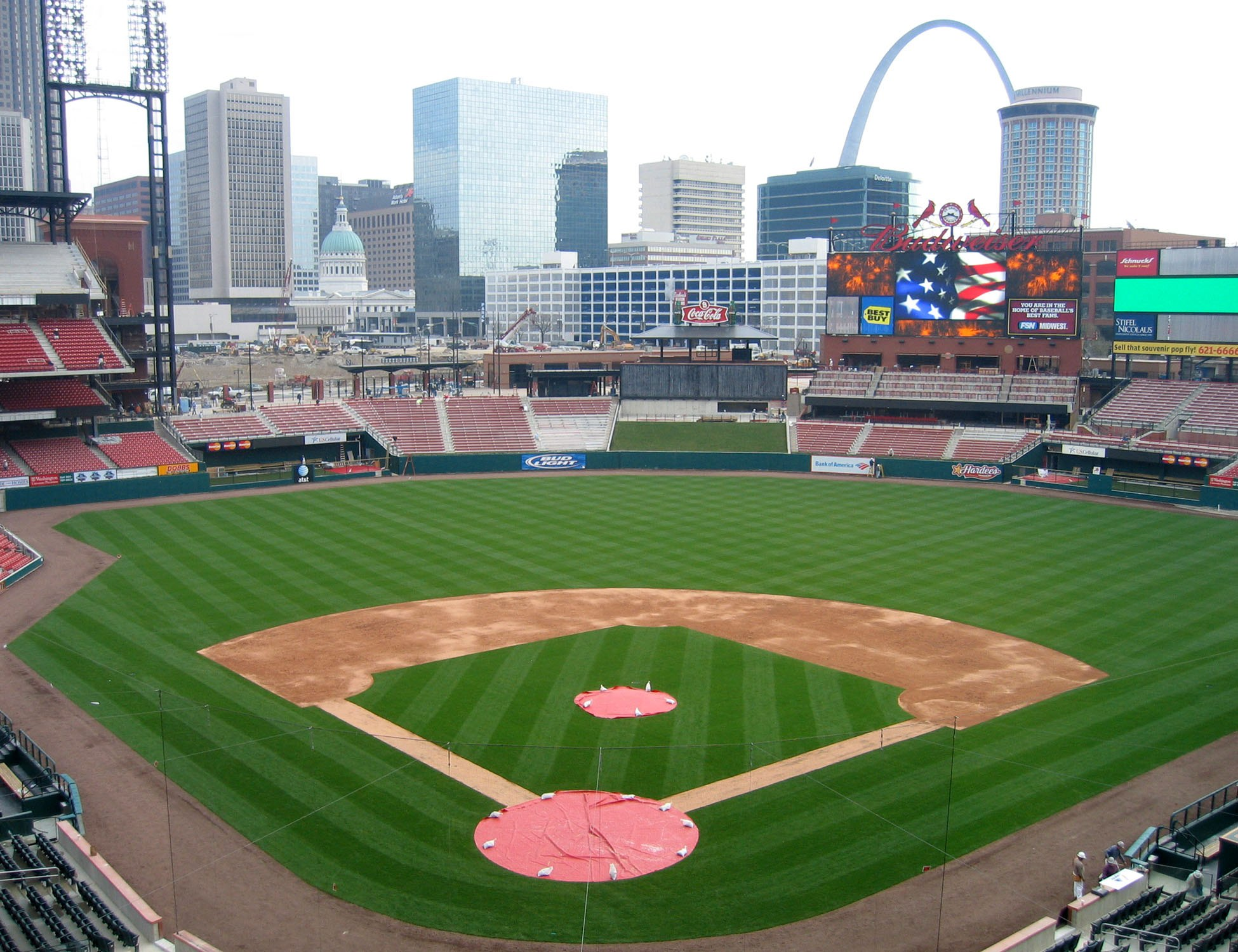Photo of the field at Busch Stadium, Home of the St. Louis Cardinals