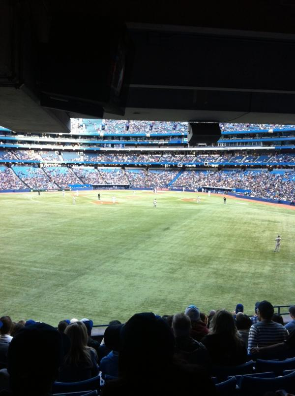 Photo of the Rogers Centre from the 100 level outfield seats.