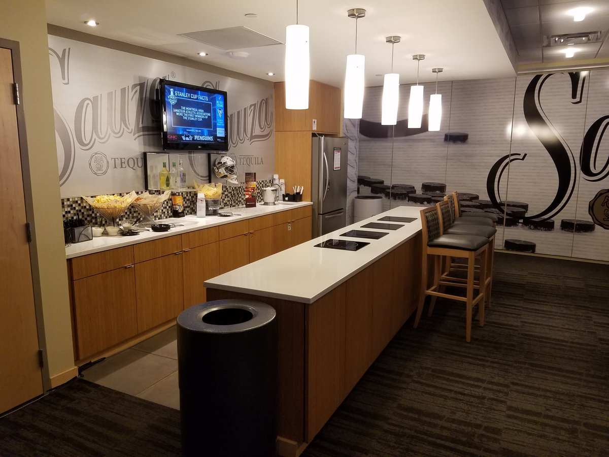 Lexus Of Milwaukee >> How Much Does It Cost To Rent A Suite At An NHL Game ...