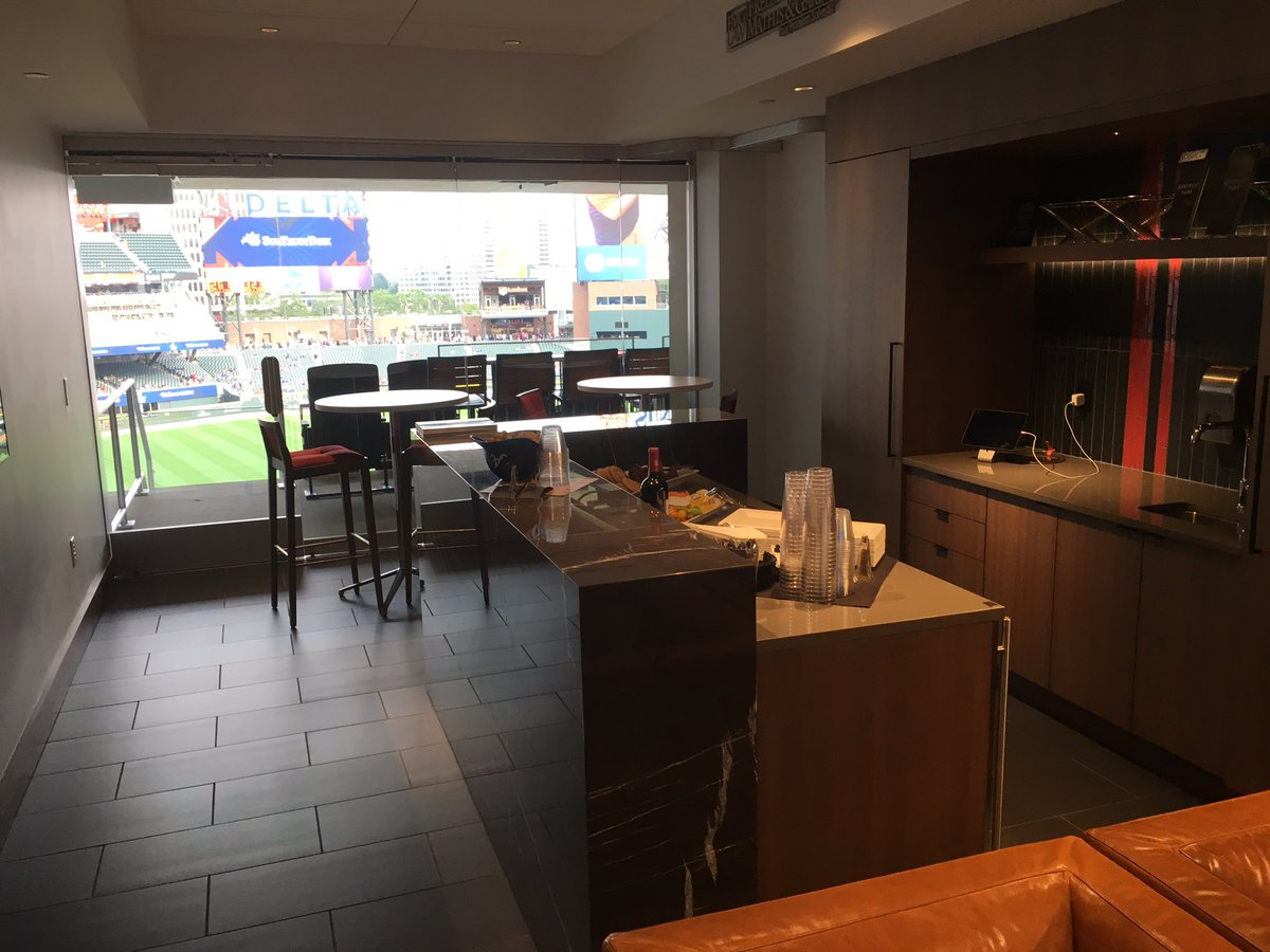 Milwaukee Brewers Bedroom In A Box Major League Baseball: How Much Does It Cost To Rent A Luxury Suite At An MLB